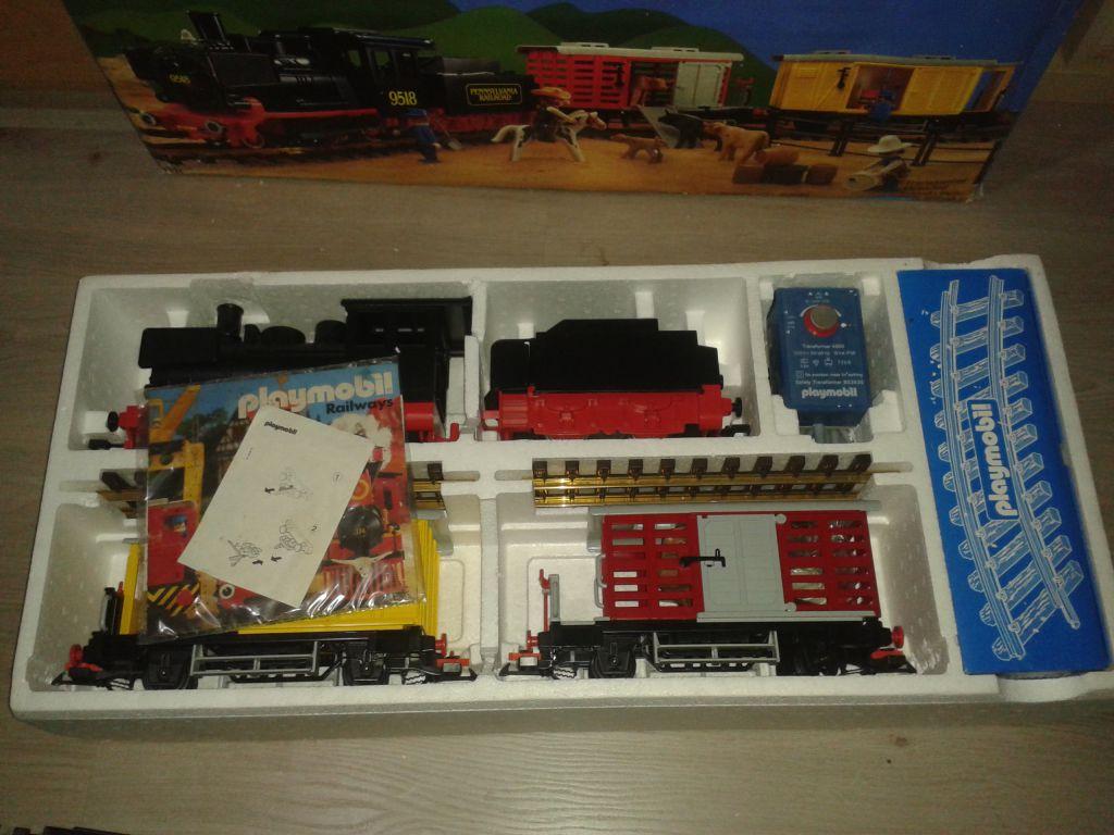 Playmobil set 4029 steam freight train set klickypedia - Train playmobil ...