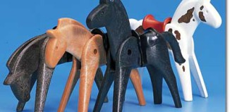 Playmobil - 7009 - 4 Horses With Saddles