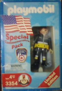 Playmobil 3354-usa - F.D.N.Y. Fire Fighter - Box