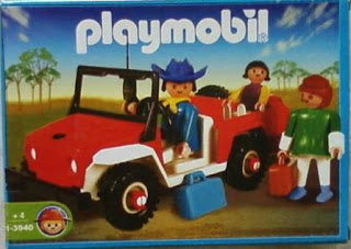 Playmobil - 1-3940-ant - Red jeep with family
