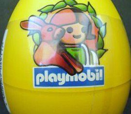 Playmobil - 4911v5 - Yellow Egg Girl with Rabbits