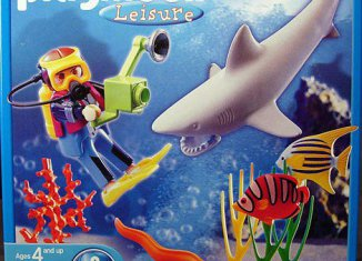 Playmobil - 5770-usa - Underwater Diver with Shark