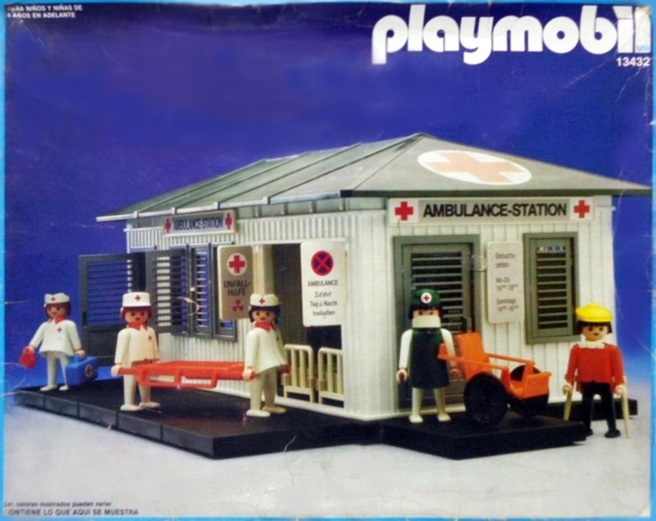 Playmobil 13432-aur - ambulance station - Back