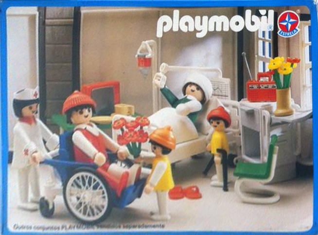 Playmobil 30.14.02-est - man in a wheelchair and child - Back
