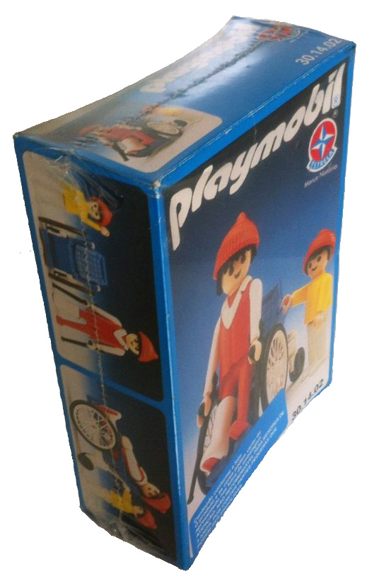 Playmobil 30.14.02-est - man in a wheelchair and child - Box