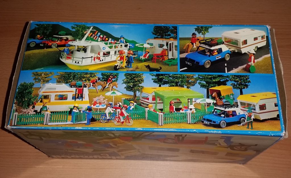 Playmobil 3258v1 - Family camper - Back