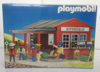 Playmobil - 4301 - Riverdale Station