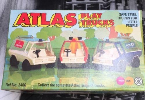 playmobil set 2406 pla atlas play trucks ambulance. Black Bedroom Furniture Sets. Home Design Ideas