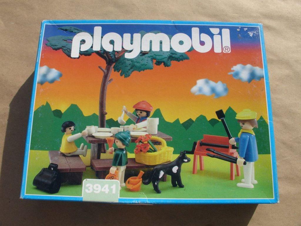 Playmobil 3941v2-ant - Picnic and Barbecue - Box
