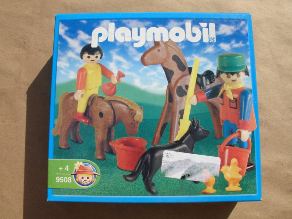 Playmobil 9508-ant - Farmkeeper and animals - Box