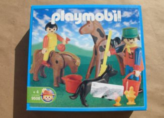 Playmobil - 9508-ant - Farmkeeper and animals