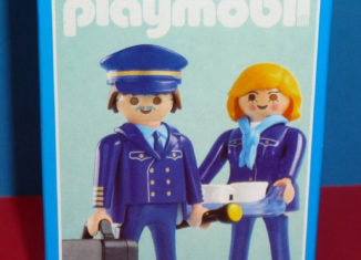 "Playmobil - 3103 - Pilot & Stewardess ""Hapag Fly"""