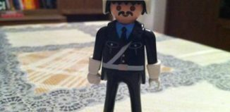 Playmobil - 0000 - Malta Policeman Give-away