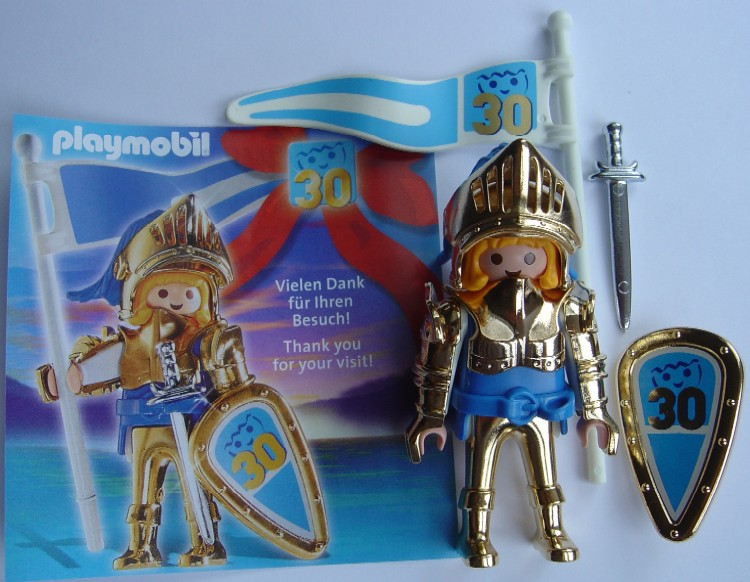 Playmobil 0000v9-ger - Nüremberg Toy Fair Give-away Golden Knight 30th Anniversary - Box
