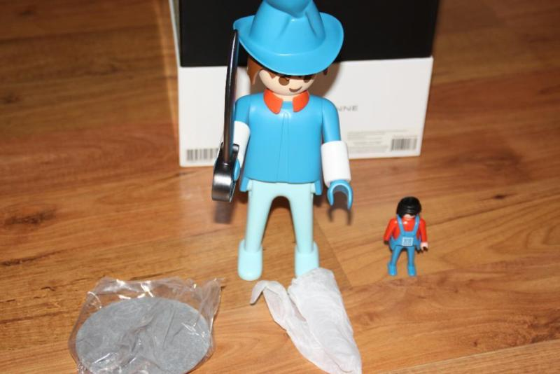 Playmobil 0000 - Nordic soldier XXL - Back