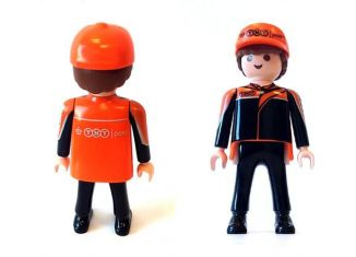 Playmobil - 30-net - TNT mail delivery guy