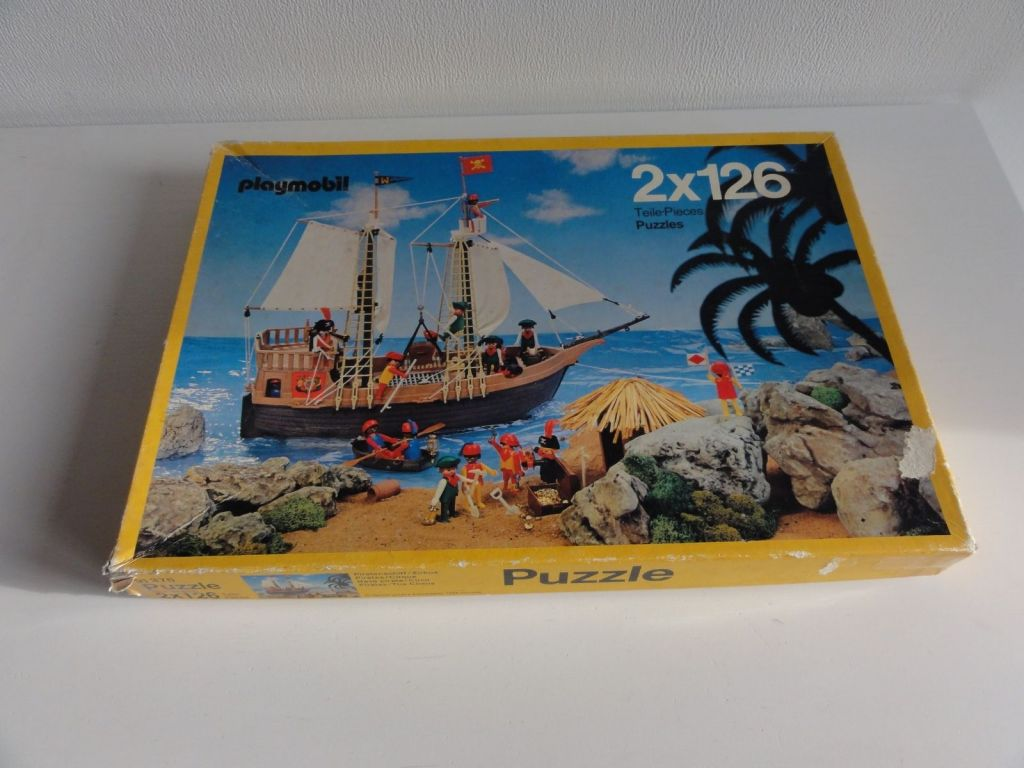 Playmobil 0000 - 2 puzzles of 126 pieces - Box