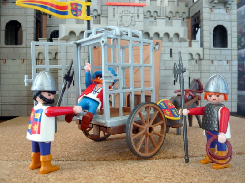 Playmobil 3674 - Knights Prison Cart - Back