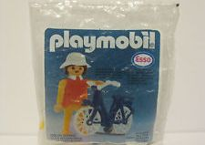 Playmobil - 0000 - ESSO girl with bike