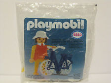 Playmobil - 0000 - ESSO girl with bike