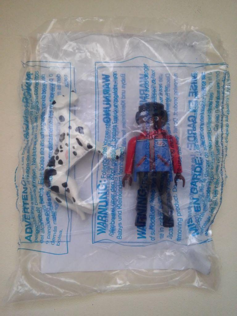 Playmobil 30791393v4-ger - Mini surprise - Boy with dog - Back