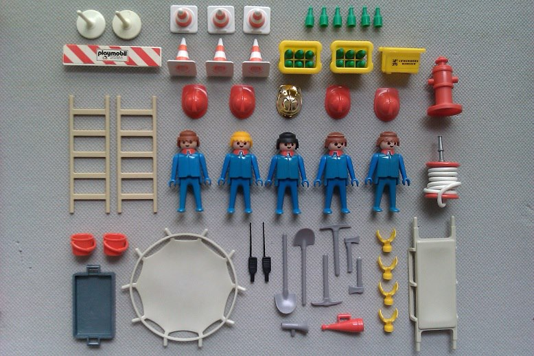 Playmobil 3228 - Firefighter Squad - Back