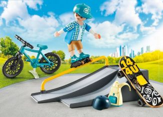 Playmobil - 9107-usa - Extreme Sports Carry Case