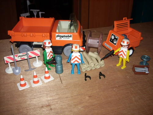 Playmobil 3192s1v1 - Road Workers with Truck - Back