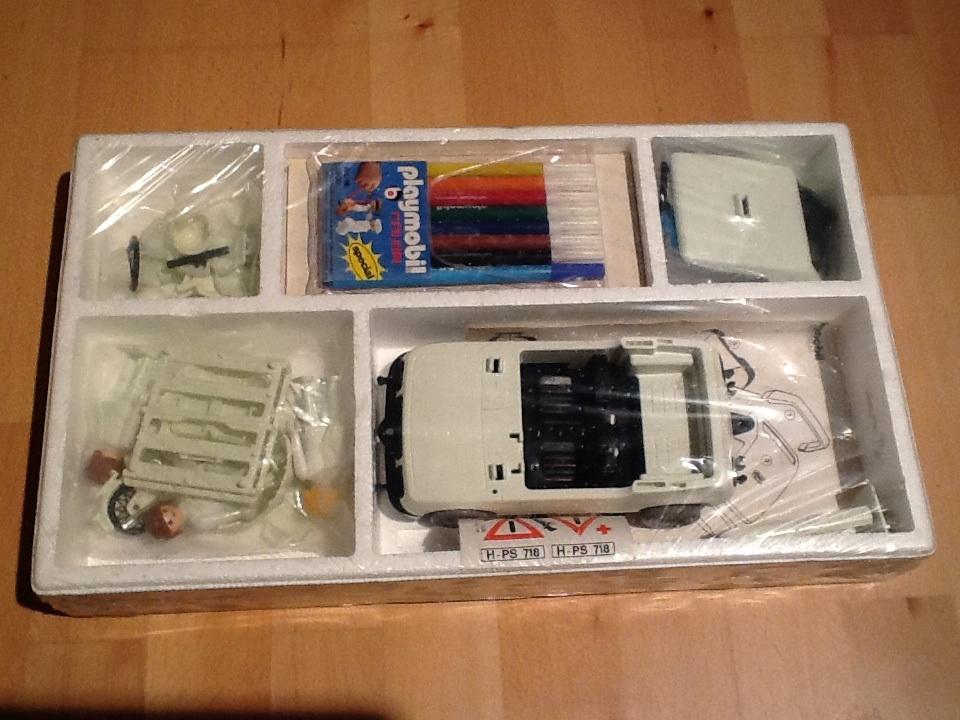 Playmobil 3702 - City car - Back