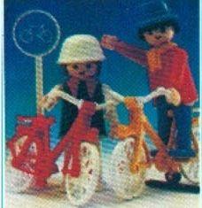 Playmobil - 13573v2-aur - Couple on Bicycles