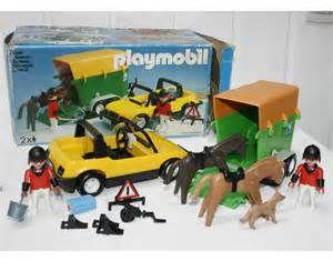 Playmobil - 3134s2 - Car & horse trailer