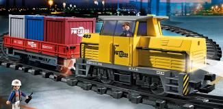 Playmobil - 5258 - Neuer RC-Güterzug mit Licht und Sound