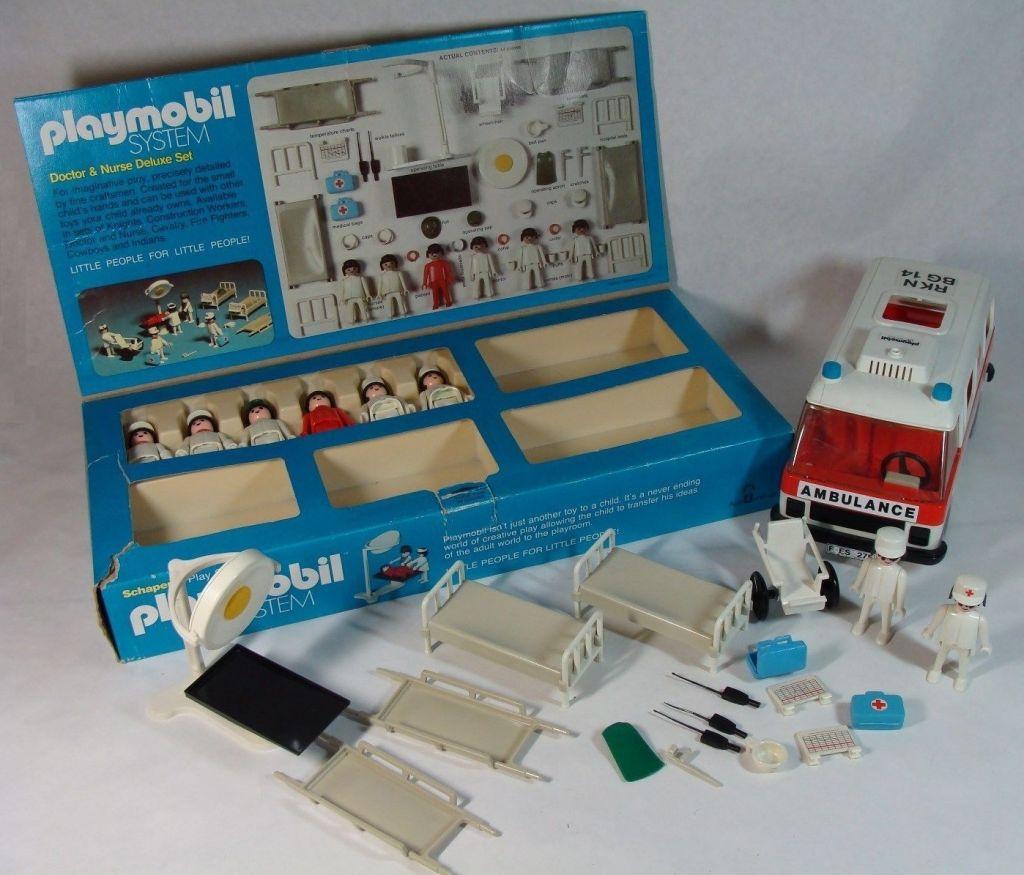 Playmobil 1804v2-sch - Doctor & Nurse Super Deluxe Set - Back