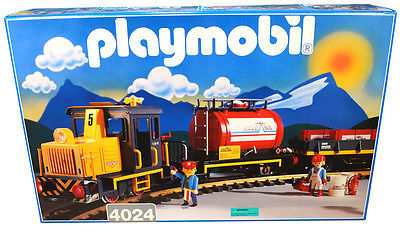 Playmobil 4024-usa - Diesel Train Set - Box