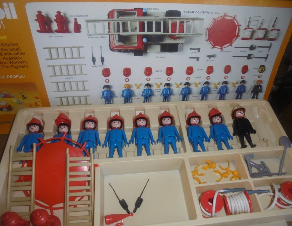 Playmobil 074-sch - Fire Fighters Super Deluxe Set - Back