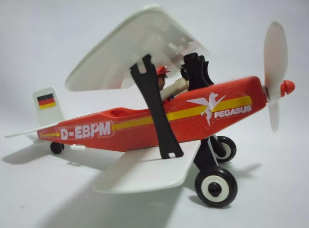 Playmobil 13246-aur - Red biplane - Back
