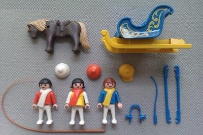 Playmobil 3391 - Traîneau attelle poneys / enfants - Précédent