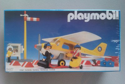 Playmobil 3457 - Yellow Artic Plane - Box