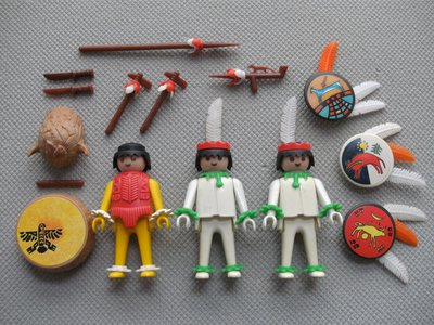 Playmobil 3569 - Medicine Man and Warriors - Back