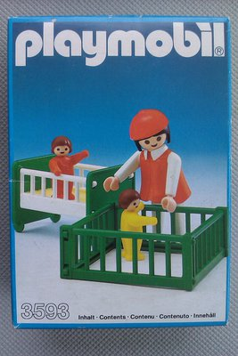 Playmobil 3593 - Babysitter and 2 Babies - Box