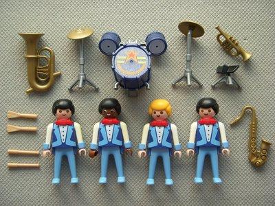 Playmobil 3723 - Romani Circus band - Back