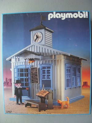 Playmobil 3767 - Schoolhouse - Box