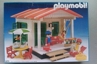 Playmobil 3771 - Vacation Cottage - Box
