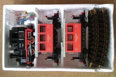 Playmobil 4001 - Passenger Train with Steam Locomotive - Back