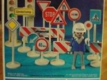Playmobil - 014s1-sch - Traffic Control Set
