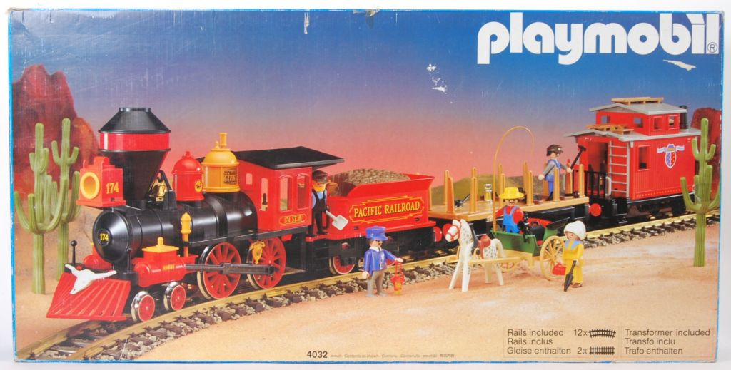 playmobil set 4032 ukp large western train set. Black Bedroom Furniture Sets. Home Design Ideas