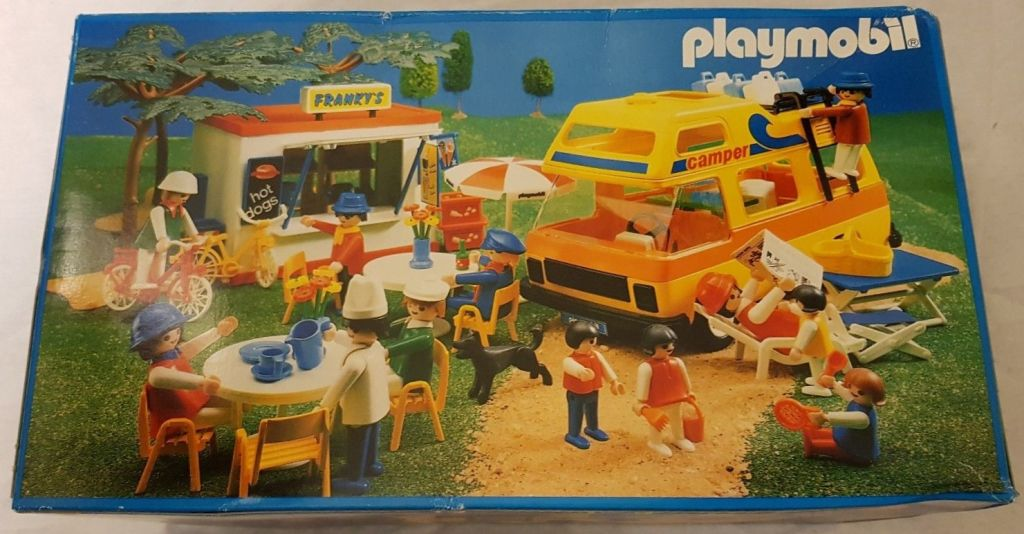 Playmobil 3148v2 - Motorhome - Back
