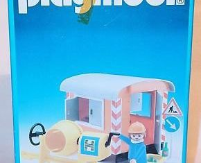 Playmobil - 3207s1v3 - Construction Trailer and Cement Mixer