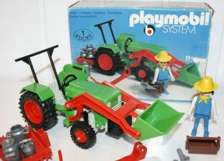 Playmobil - 3500v1 - Green Tractor & Farmer