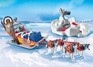 Playmobil - 9057 - Husky-Drawn Sled